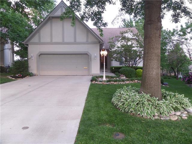 7853 W 118 Terrace, Overland Park, KS 66210