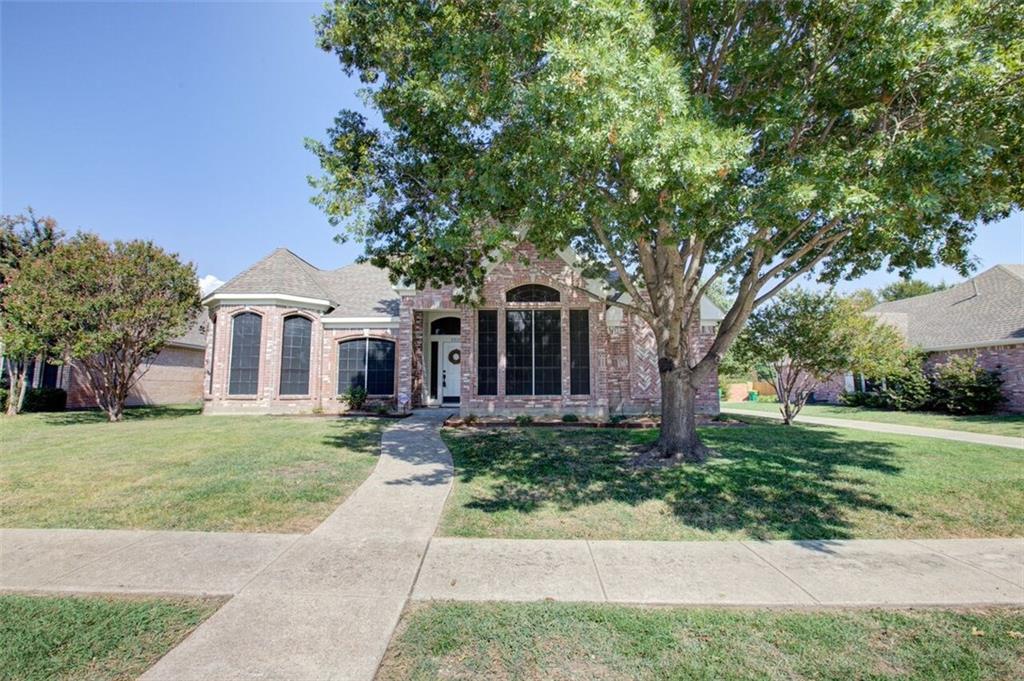 5518 Luna Drive, Rowlett, TX 75088