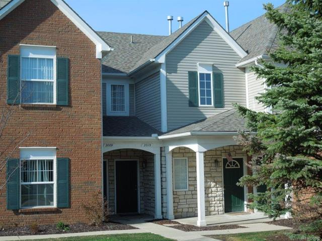 2015 MONARCH DR, Shelby Twp, MI 48316