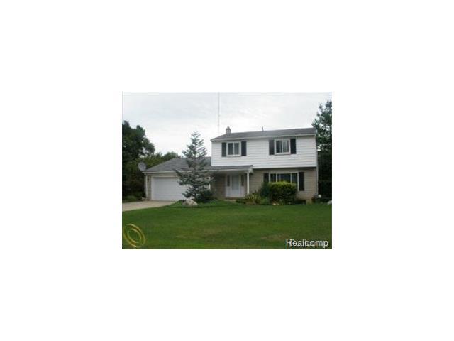 25100 BRANCHASTER RD, Farmington Hills, MI 48336