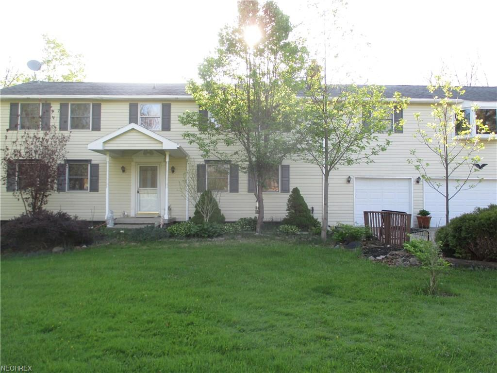 11521 Willow Hill Dr, Chesterland, OH 44026
