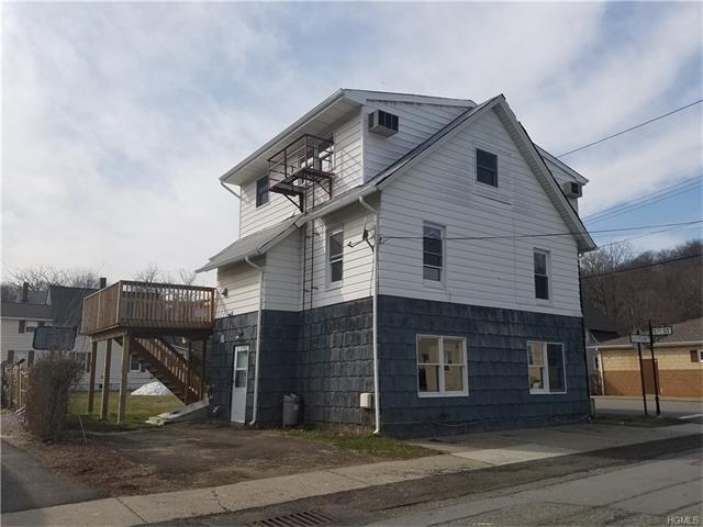 27 Mountain Avenue, Hillburn, NY 10931