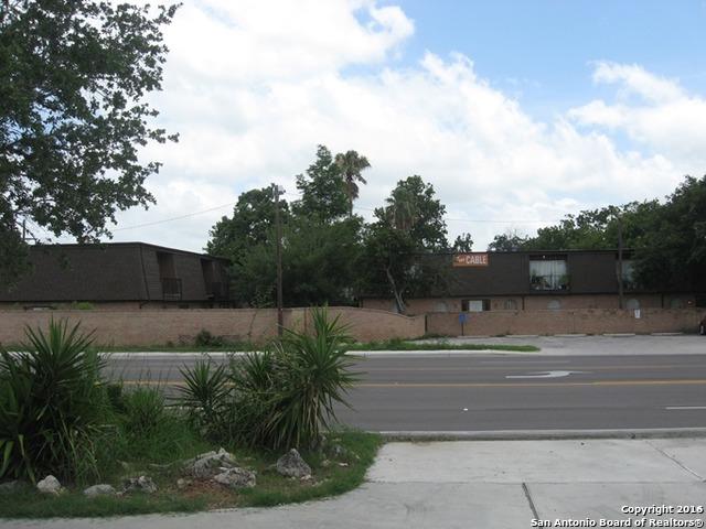 1200 E Houston St, Beeville, TX 78102