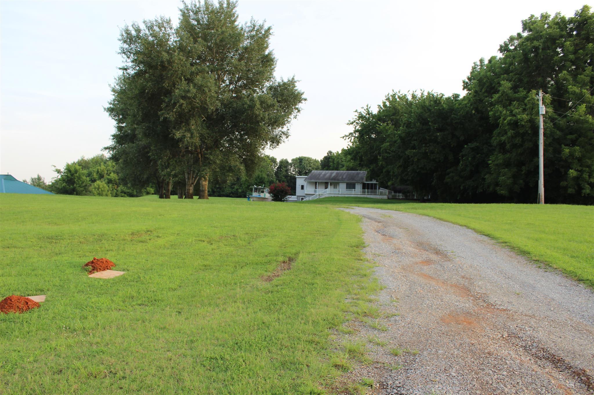340 Warfield Blvd, Clarksville, TN 37043