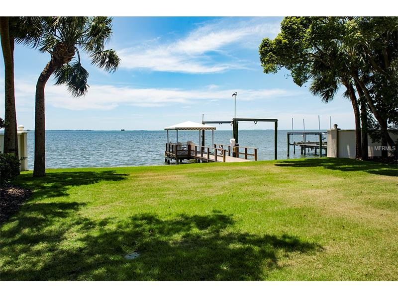 128 CARLYLE DRIVE, PALM HARBOR, FL 34683