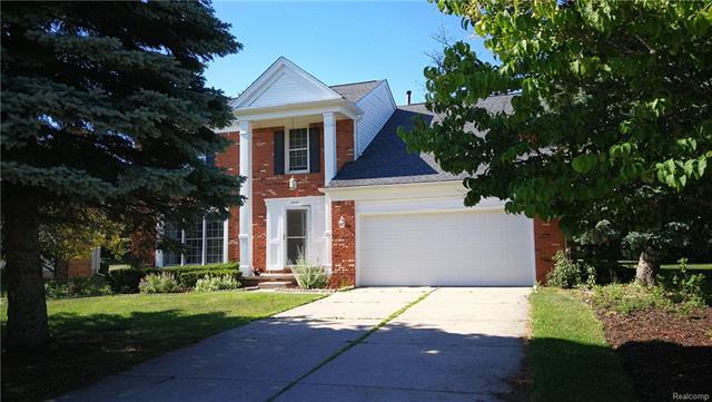 2302 PLEASANT VIEW Drive, Rochester Hills, MI 48306