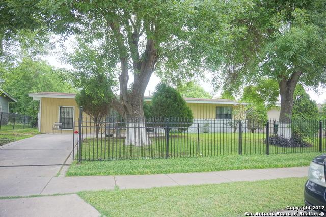 6151 CEDAR VALLEY DR, San Antonio, TX 78242