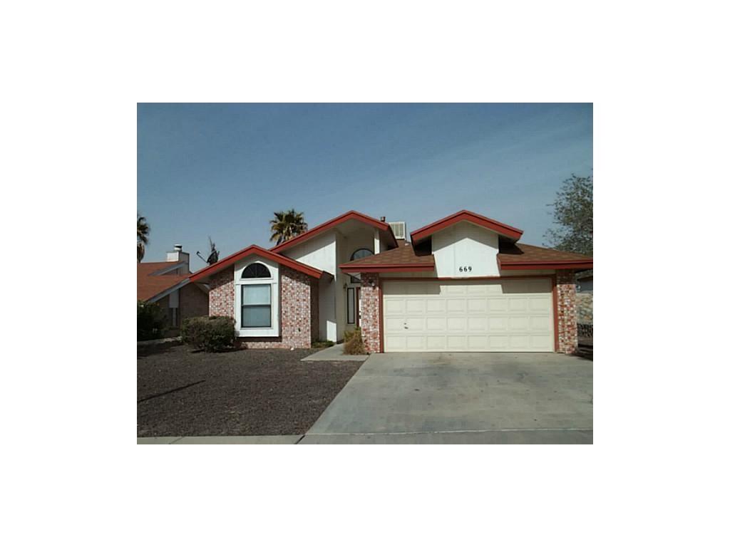 669 Bristol Drive, El Paso, TX 79912