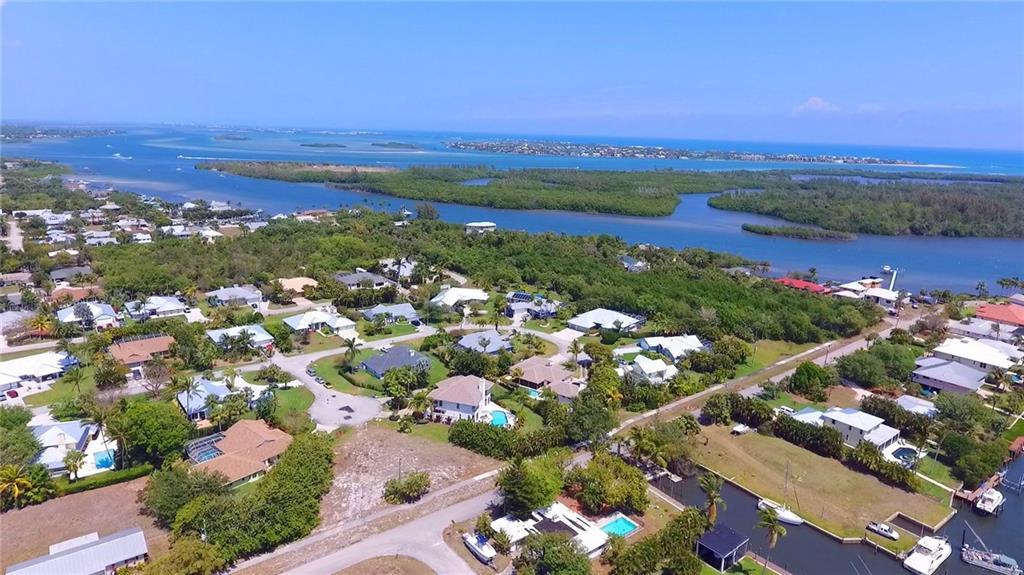 4255 SE Happy Lane, Stuart, FL 34997