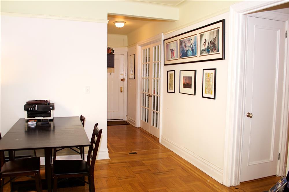 371 Fort Washington Ave 4-F, New York, NY 10033
