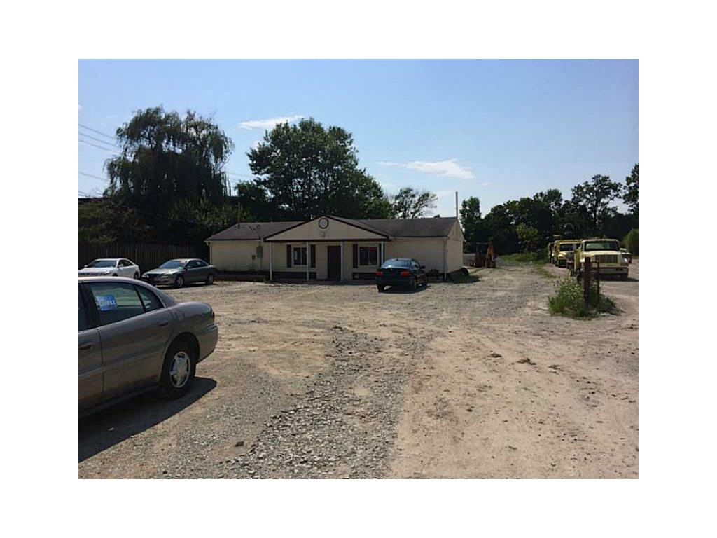 9728 N Michigan Road, Carmel, IN 46032