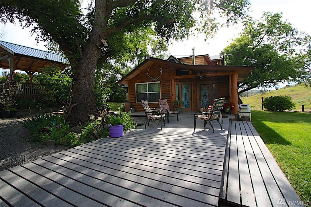 2234 Cameron Lake Rd, Okanogan, WA 98840