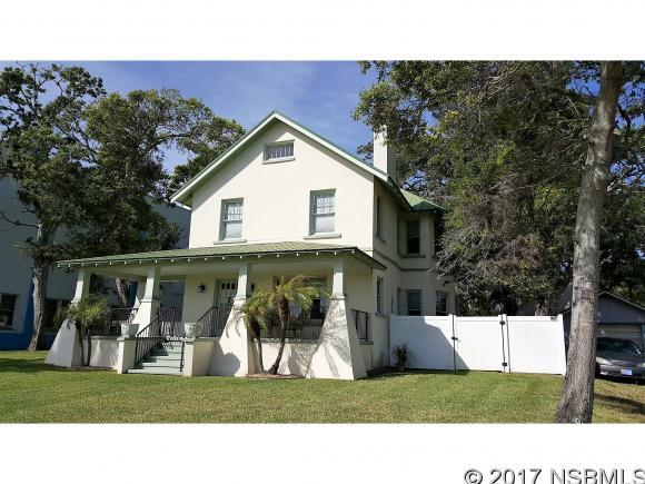 306 Riverside Dr, New Smyrna Beach, FL 32168