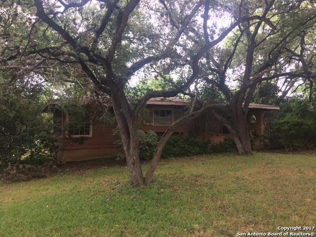 548 RITTIMAN RD, Terrell Hills, TX 78209