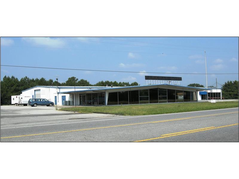 5563 NW Joe Frank Harris Parkway, Adairsville, GA 30103