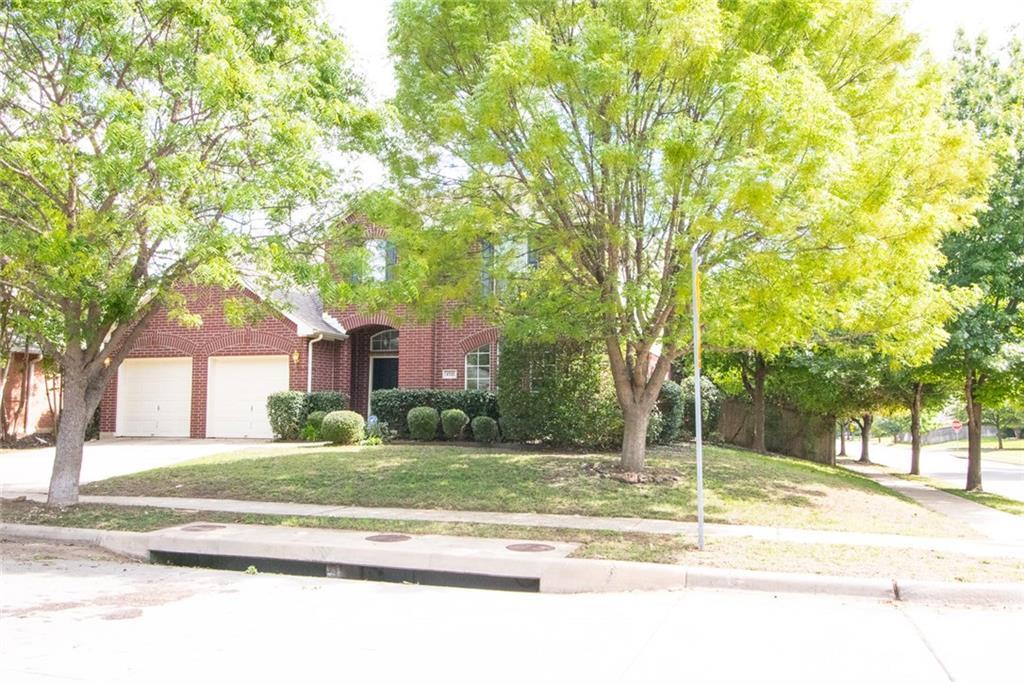 4721 Bellflower Way, Fort Worth, TX 76123