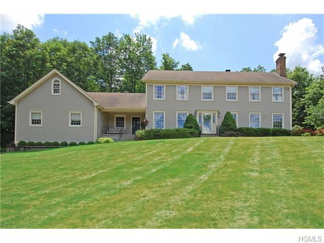 9 Taramar Lane, Washingtonville, NY 10992