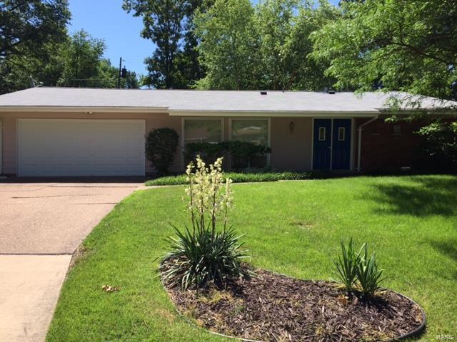 1670 Rathford, St Louis, MO 63146