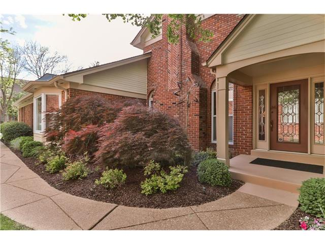 14037 Baywood Villages Drive, Chesterfield, MO 63017