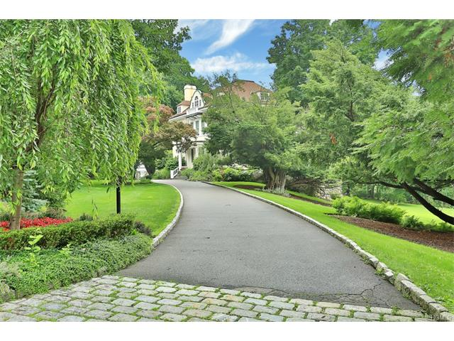 193 Central Drive, Briarcliff Manor, NY 10510