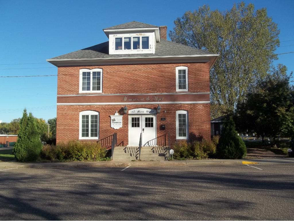 145 S Main Street, Woodville, WI 54028