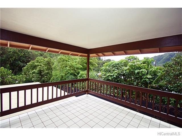 3398 Kalihi Street A, Honolulu, HI 96819