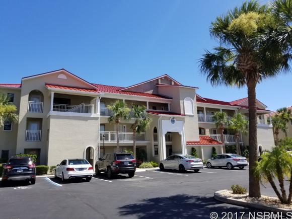 445 Bouchelle Dr 103, New Smyrna Beach, FL 32169