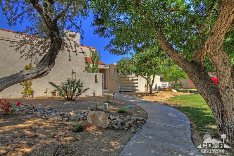 153 Desert West Drive, Rancho Mirage, CA 92270