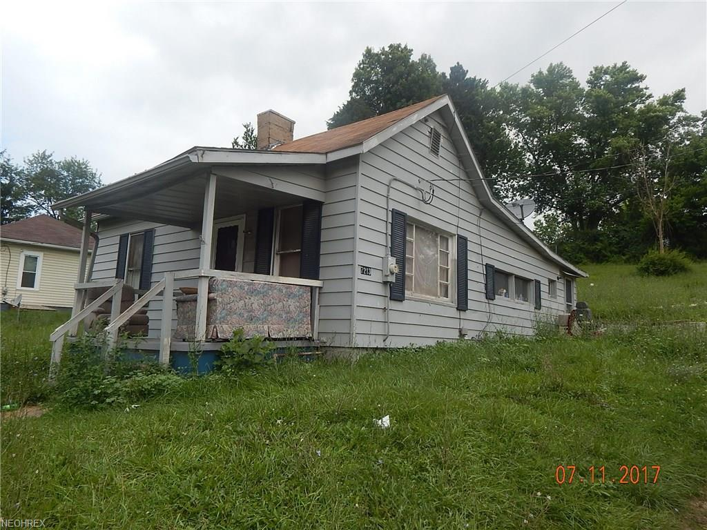 7213 Bloomfield Rd, Cambridge, OH 43725