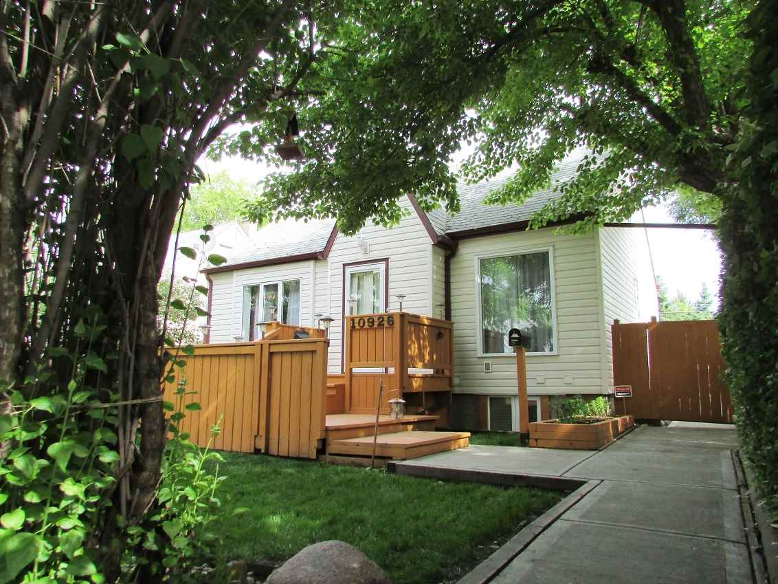 10926 66 Avenue, Edmonton, AB T6H 1Y2