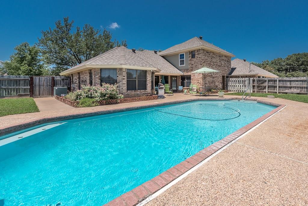 2716 N Hill Terrace, Keene, TX 76031