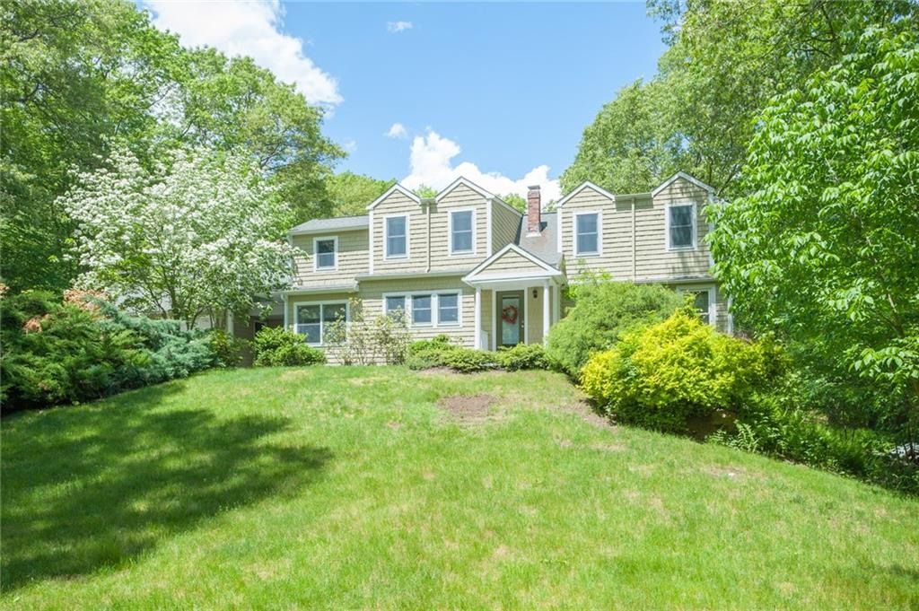 2097 Middle RD, East Greenwich, RI 02818