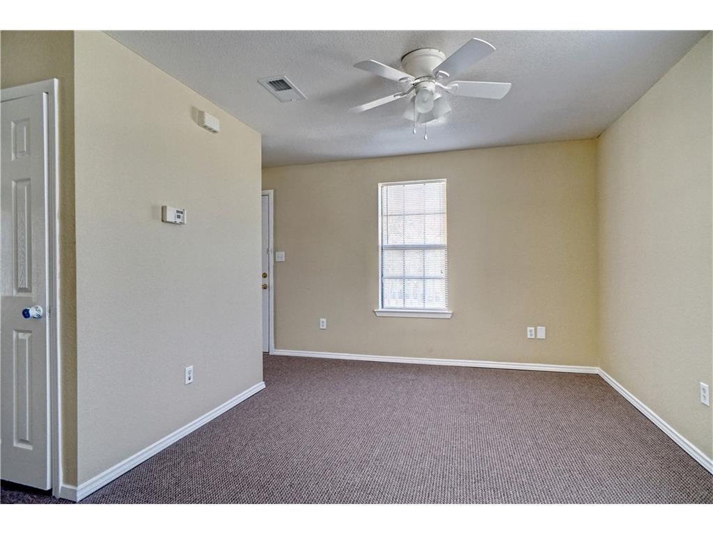 1029 E Hickory Street B, Denton, TX 76205