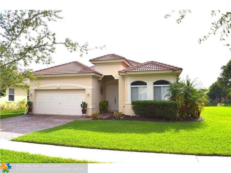 2260 SW 130th Ter, Miramar, FL 33027