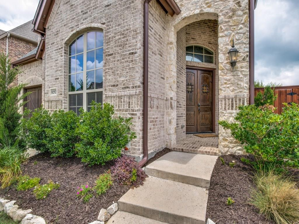 8252 Inverness, The Colony, TX 75056