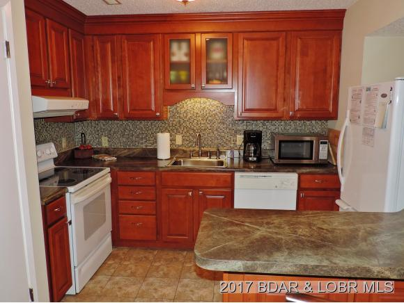 101 Circle Edge Drive 2B, Lake Ozark, MO 65049