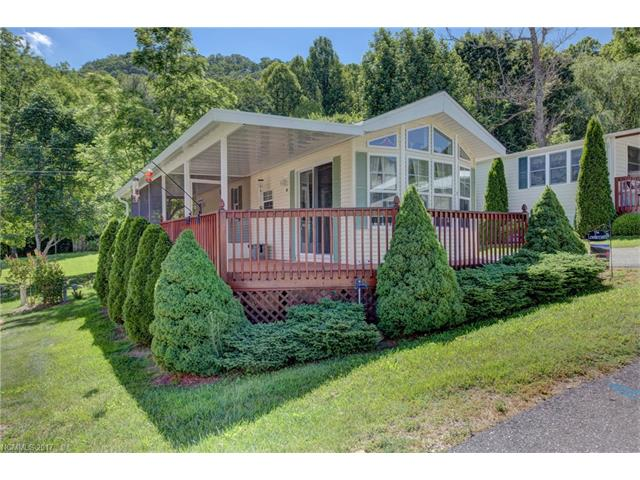 15 Levi Drive, Maggie Valley, NC 28751