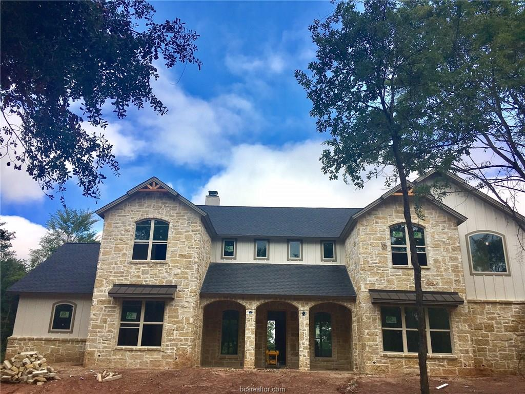 7234 River Place Court, College Station, TX 77845