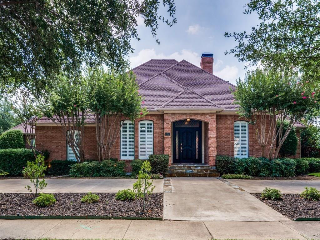 7528 Summitview Drive, Irving, TX 75063