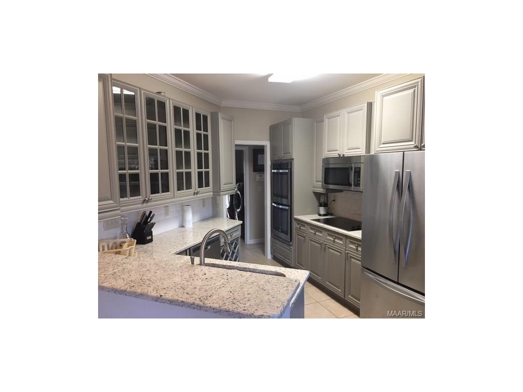 105 HOMEWOOD Court, Millbrook, AL 36054