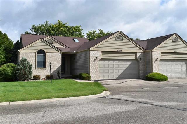 9407 BLUE SPRUCE CT UNIT 63 FOREST CREEK COND, RICHFIELD TWP, MI 48423