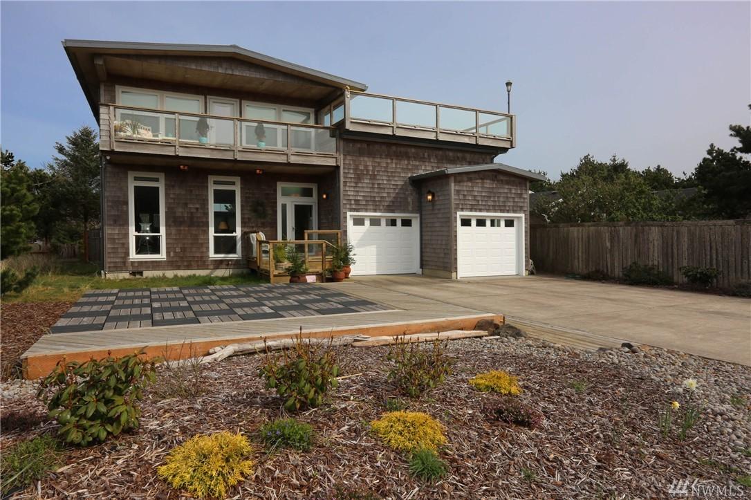 31718 G St, Ocean Park, WA 98640