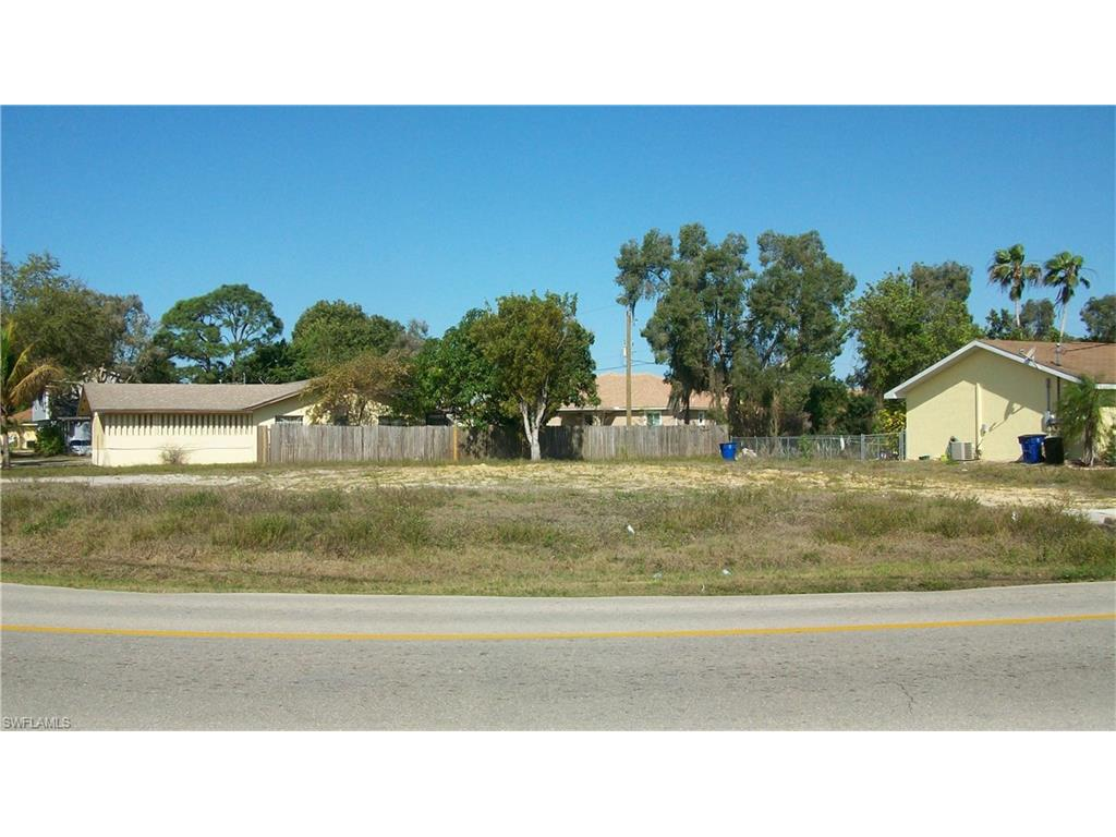 7469 Pebble Beach RD, FORT MYERS, FL 33967