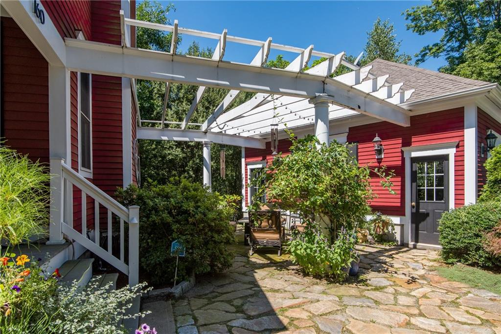 160 Middle RD, East Greenwich, RI 02818