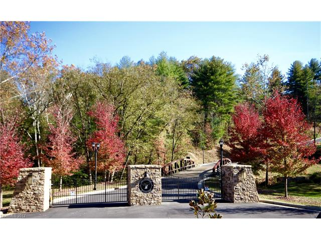 40 Crossing Circle 14, Fairview, NC 28730