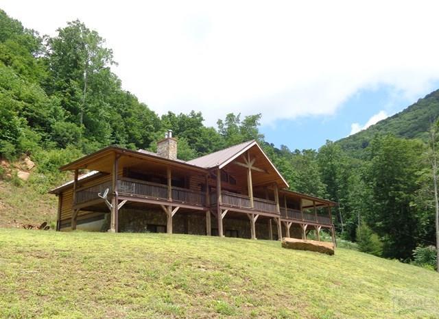 995 Spring Creek RD, Bakersville, NC 28705