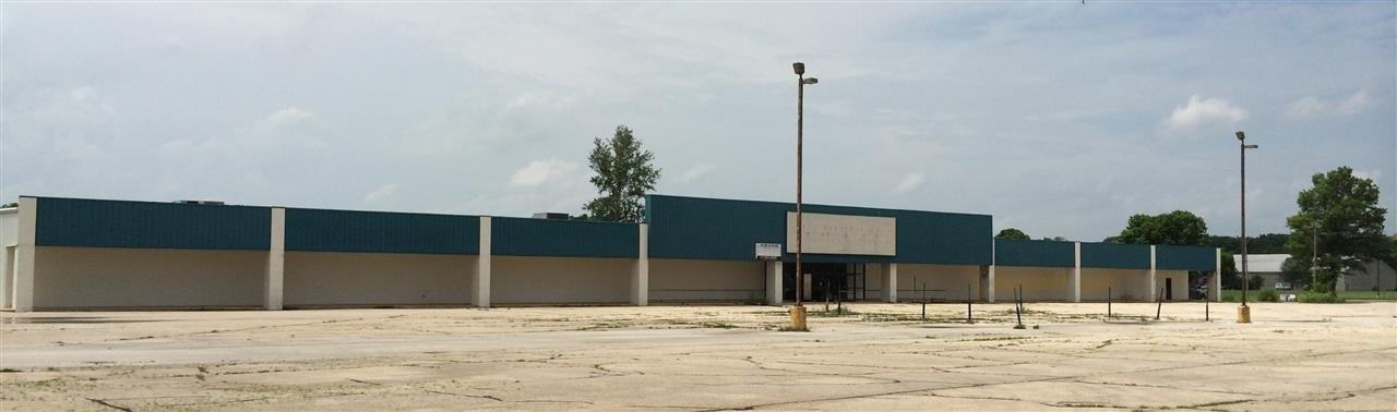 888 S LAKE STOREY, Galesburg, IL 61401