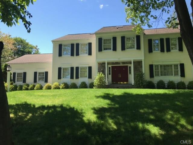 10 Rolling Wood Drive, Stamford, CT 06905
