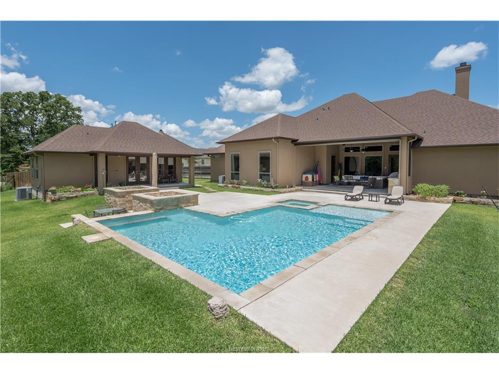 5408 Crosswater Drive, College Station, TX 77845