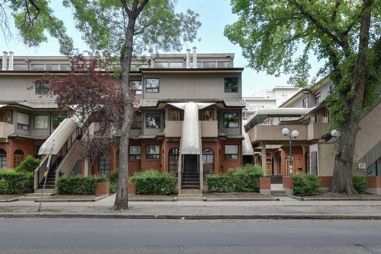 11138 83 Avenue, Edmonton, AB T6E 0V1